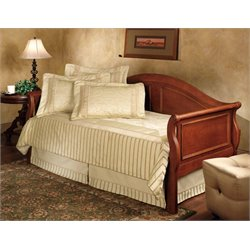 Hillsdale Bedford Daybed in Cherry