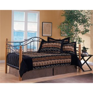 Hillsdale Winsloh Daybed in Medium Oak
