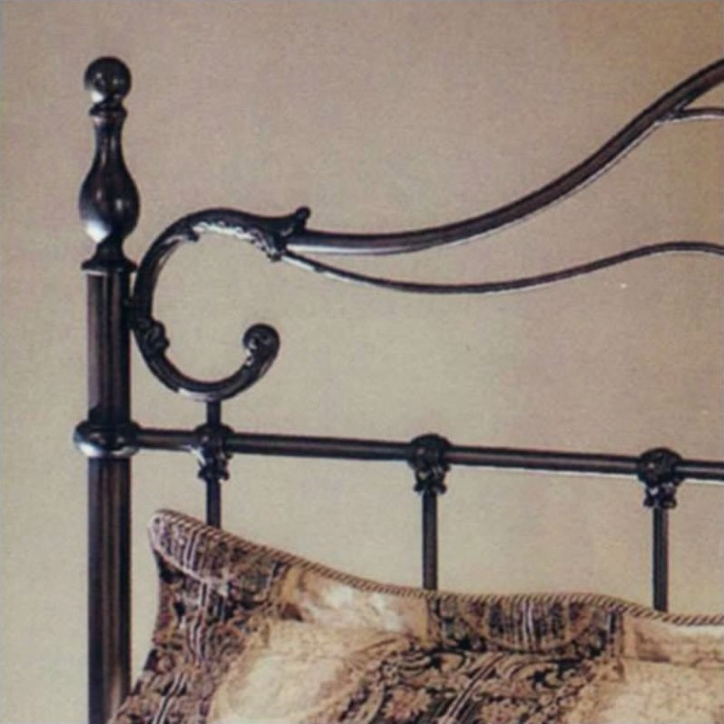 Hillsdale Bennett Metal Poster Bed in Antique Bronze Finish